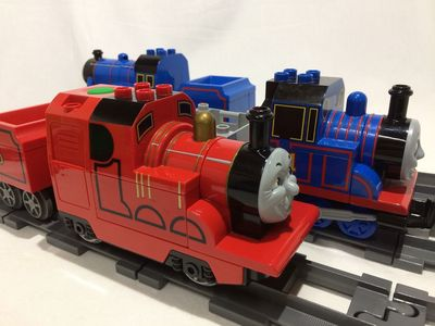Thomas02.jpg