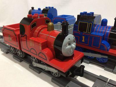 Thomas03.jpg